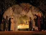 jesus-e-sepultado-no-tumulo-cedido-por-jose-de-arimateia