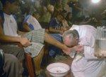 Papa Francisco lava pés